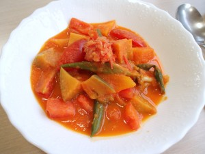 トマトソースの夏野菜